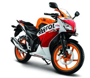 Foto-All-New-Honda-CBR150R-Lokal-K45-Spesial-Repsol-Edition-640x560