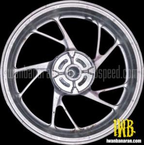 Honda-K15G-spoke-wheels-2